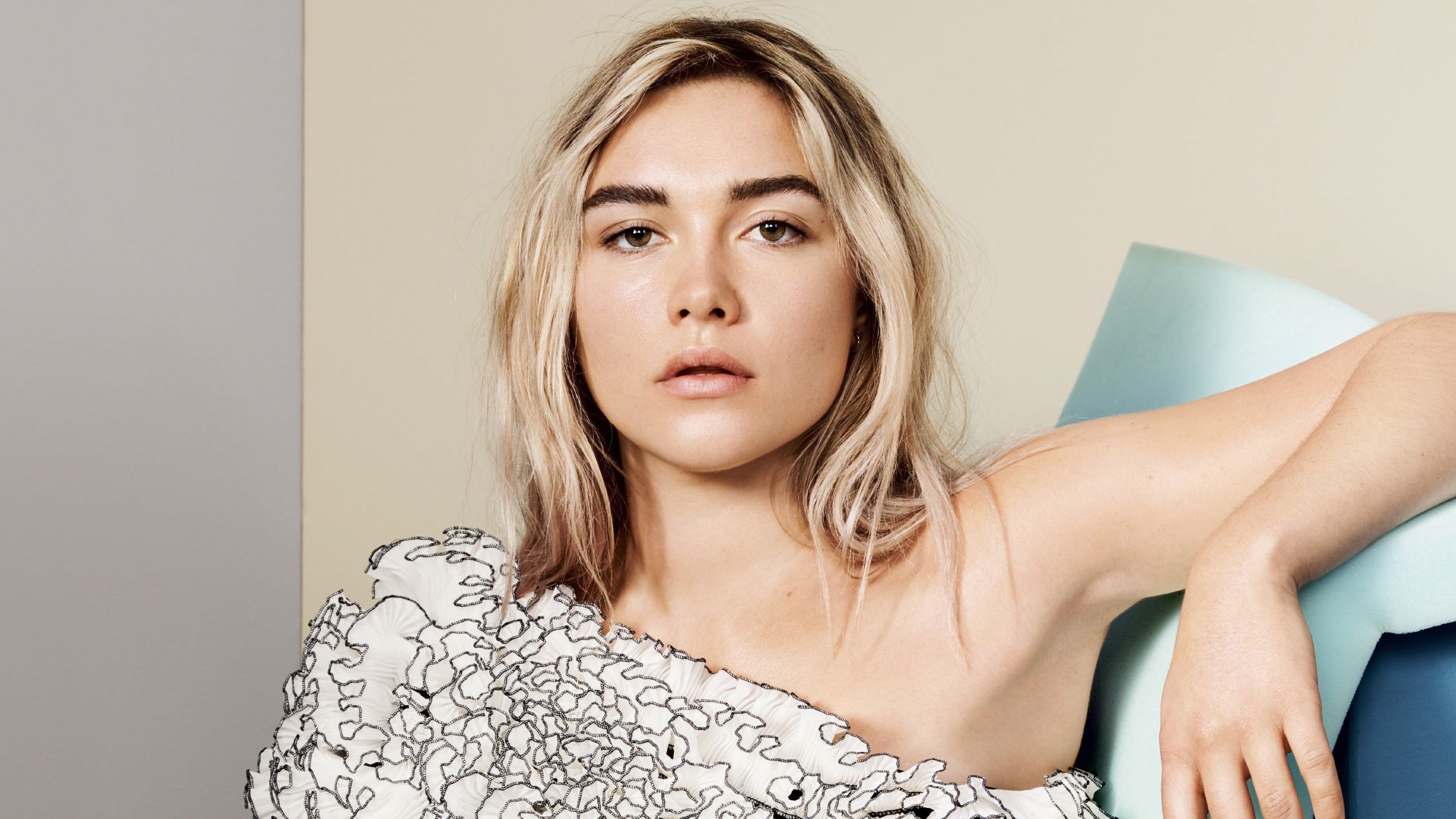 don't worry darling florence pugh
